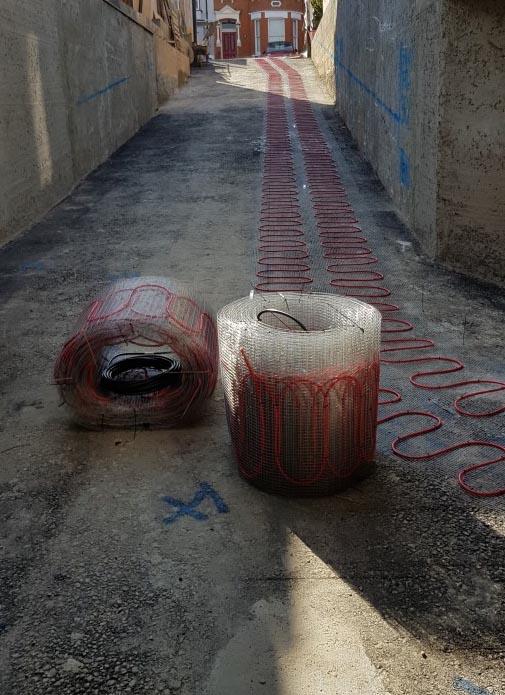 Heated loading ramp